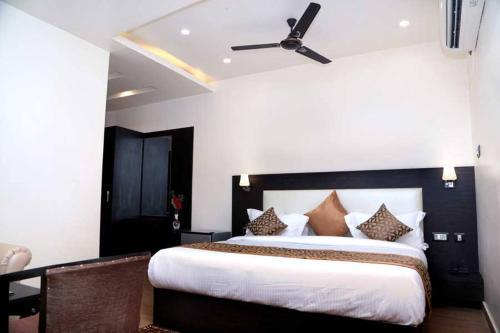 Hotel Vinayak Lifestyle Hotels