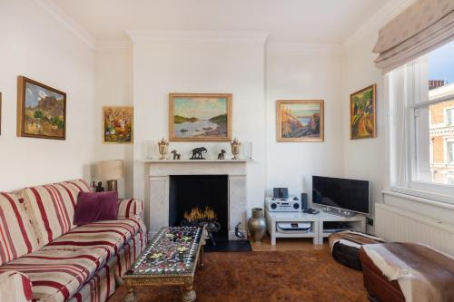 Charming 1 Bed Maida Vale