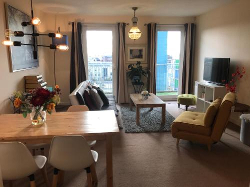 . FruitTrees Serviced Apartment