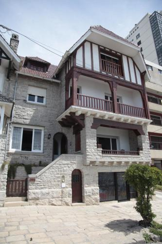 Гостиница типа кондоминиум недвижимость в албании от застройщика