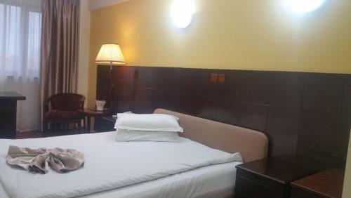 Hotel Helin Aeroport -Craiova