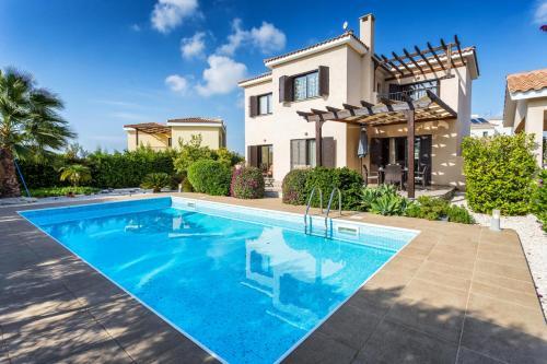 Dazzling Private Villa with Pool