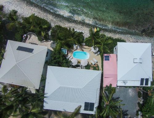 Coconut Coast Villas - Contant