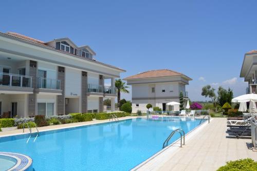 . Antalya belek golf garden 2 bedrooms ground floor pool view