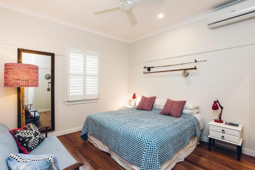 5 Burns St, Byron Bay, NSW 2481, Australia.