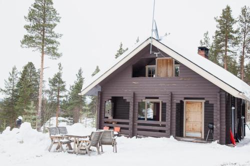 . Hillside Cottage
