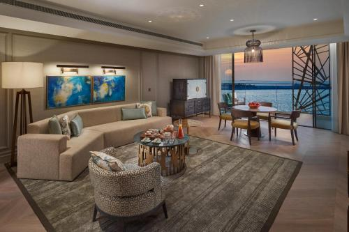 Premier Sea View Suite with Lounge Access