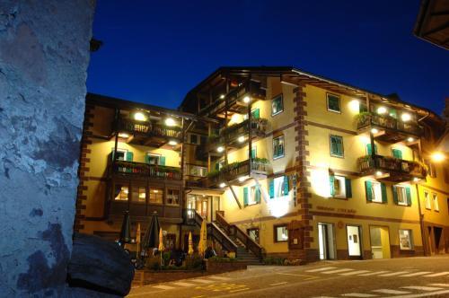 Hotel Alpino Varena - Passo Lavazè