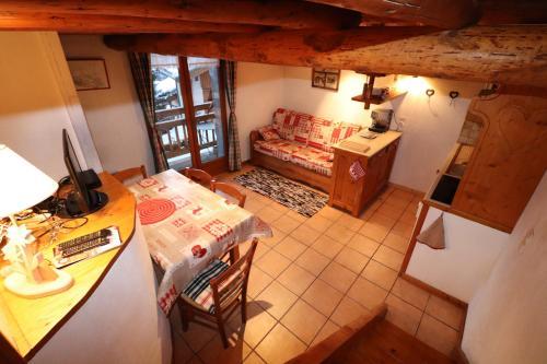 Appartement cosy pour 4 personnes en chalet de pierres - Apartment - Saint Martin de Belleville