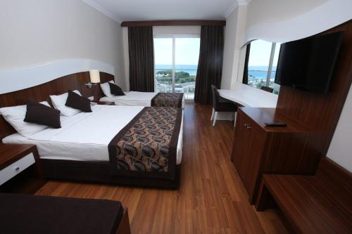 Manavgat THRONE BEACH RESORT & SPA online rezervasyon
