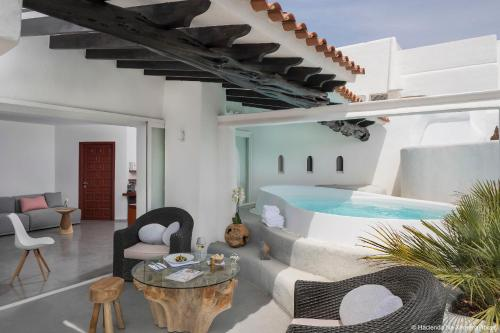 Na Xamena, s/n, 07815, San Miguel, Ibiza, Spain.