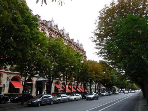 Charming flat near the Champs Elysées photo 2