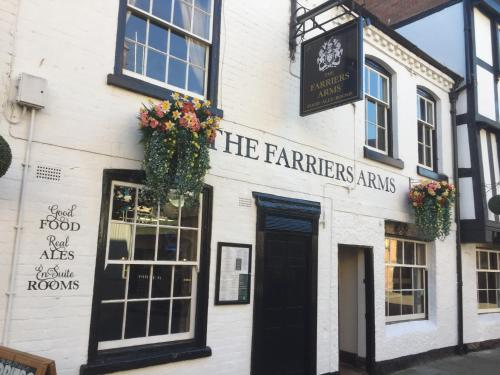. FARRIERS ARMS