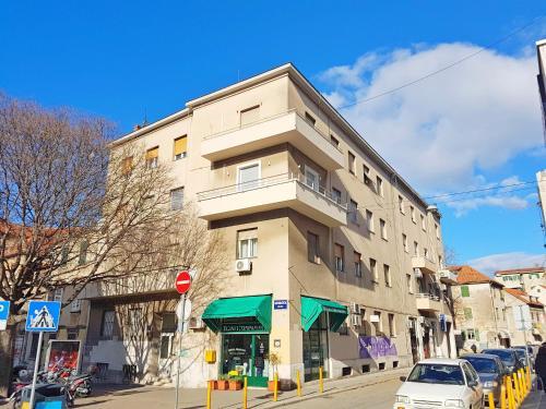 Apartments Jasenka