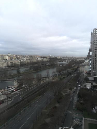 Luxury Studio Eiffel Tower photo 25