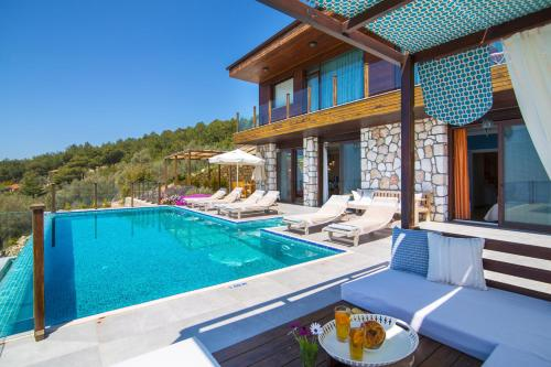 İslâmlar Islamlar Villa Sleeps 8 Pool Air Con WiFi indirim kuponu