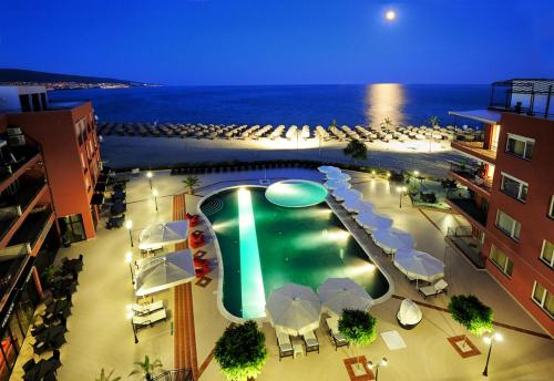 . Hotel Heaven - Ultra All Inclusive with Private Beach by Asteri Hotels