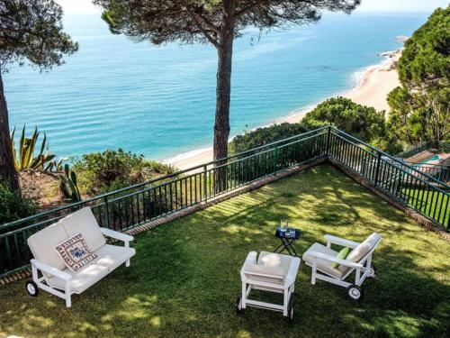 Sant Pol De Mar Villa Sleeps 10 Pool Wifi