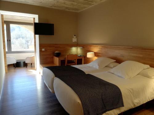 Habitación Doble - 2 camas - Uso individual Les Planes del Grau 1