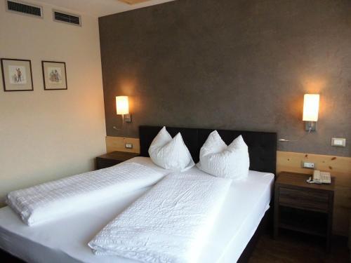 Photos de salle de Hotel Zum Tiroler Adler
