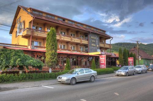 . Hotel Praid