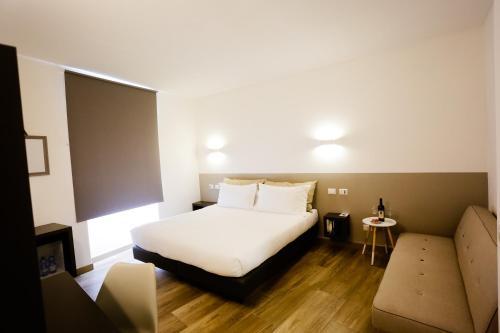 Sarzana's Rooms