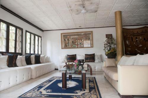 HotelNiagara Plus