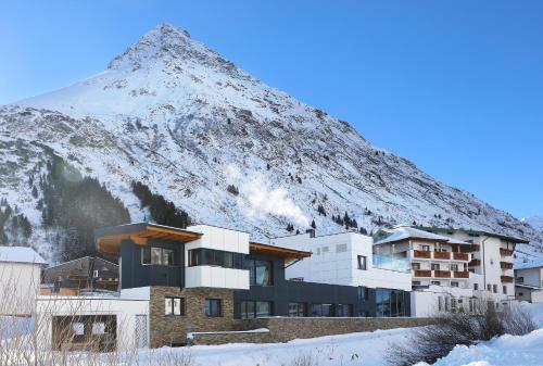 Alpenresidenz Ballunspitze Wellness- & Kinderhotel Galtür