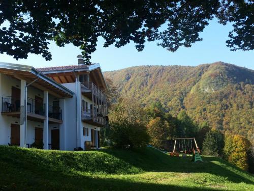 Garnì Fobbie - Hotel - Brentonico