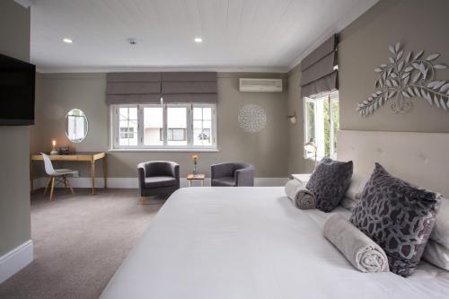 Summerwood Guest House salas fotos