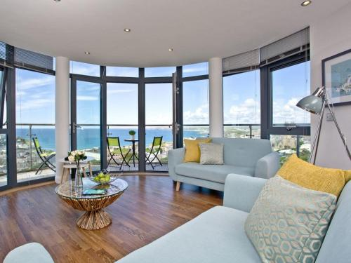 Horizons View Penthouse, Crantock, Cornwall