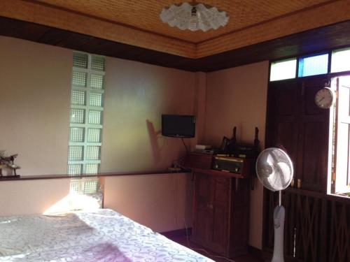 Ayothaya Riverside House photo 10