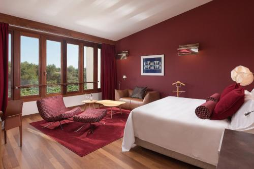 Deluxe Spa, Guest room, 1 King, Vineyards view, Spa Building Marqués de Riscal, a Luxury Collection 1