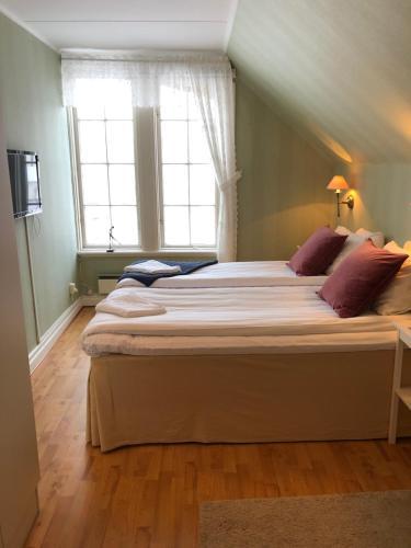 Frstklassiga Hllevik Stugor och semesterboenden | Airbnb