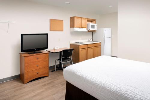 Woodspring Suites Pensacola Northeast - Pensacola, FL 32514