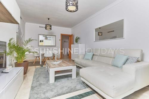 Hotel Marbella Beach Centre 2 Bedroom Faro
