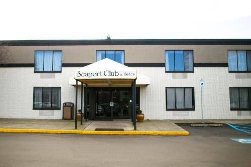 . Seaport Inn & Suites
