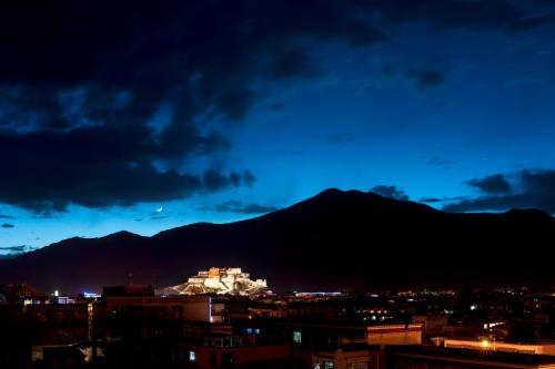 Shigatse Suite, 1 Bedroom Suite, 1 King