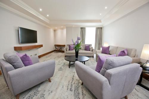 Sanctum International Serviced Apartments - Photo 8 of 111