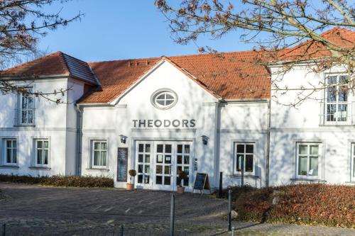 . THEODORS Boutique Hotel