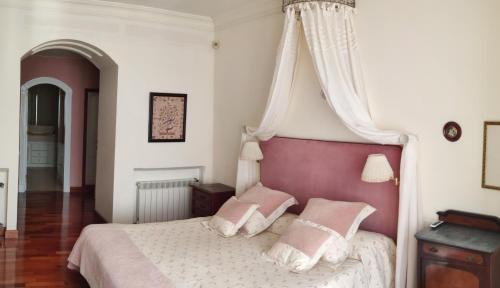 King Room with Sea View Villa Antumalal B&B 1