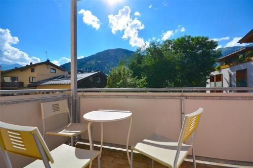 Spacious 2 bedroom apartment Zell-am-See town center Zell am See