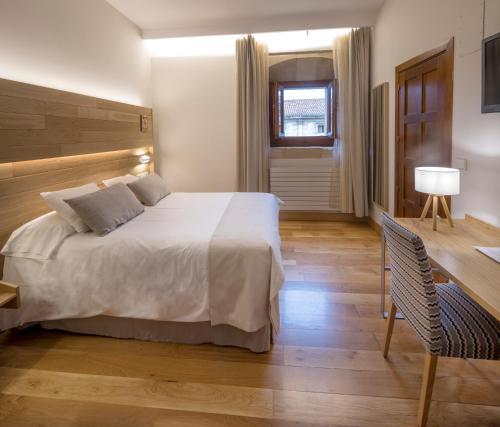 Habitación Individual con parking gratuito Hotel Real Colegiata San Isidoro 1