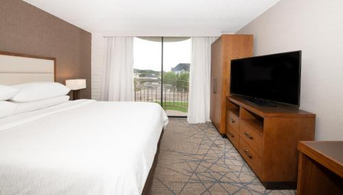 Embassy Suites Colorado Springs - Colorado Springs, CO CO 80919