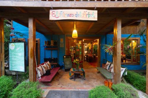 . El Abrazo del Arbol - Farm Eco Lodge