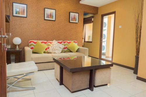 . Antique 3BR at Grand Setiabudi Apartment By Travelio
