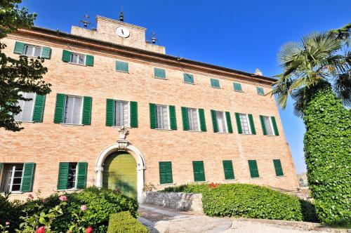 . Castello Di Monterado