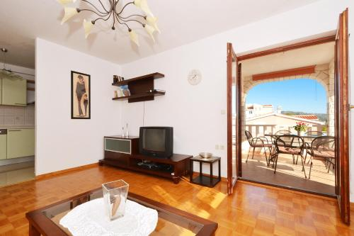 Apartamento de 3 dormitorios (Three-Bedroom Apartment)