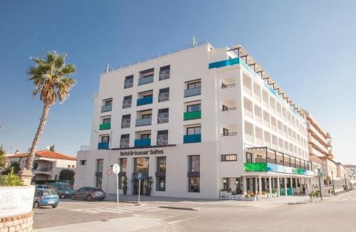 . Hotel Brisamar Suites