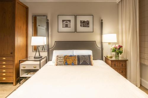 . Hotel E